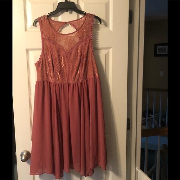 Torrid  Mauve lace dress